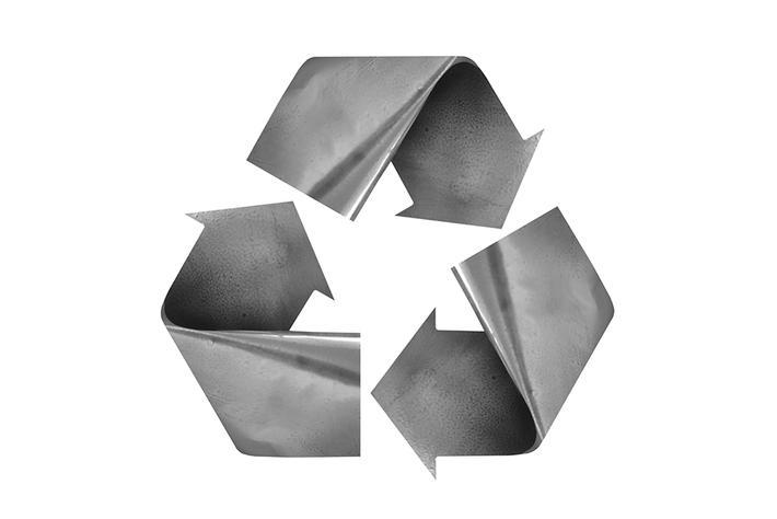 alluminio metallo sostenibile